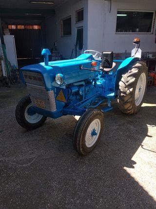 Tractor Ford + gradas + vertederas + remolque