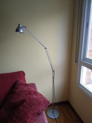 Lámpara de pie halógena 35 vatios