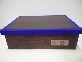 Caja antigua madera con tapa
