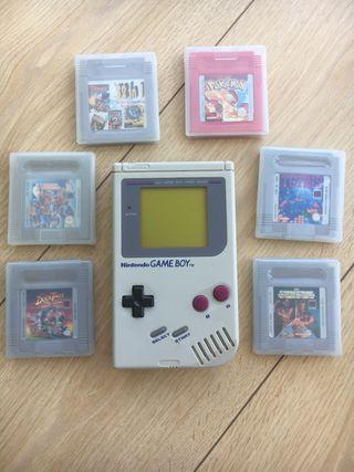 Game Boy con 6 juegos