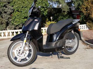 Kymco People S 125cc. carnet B 13.000km
