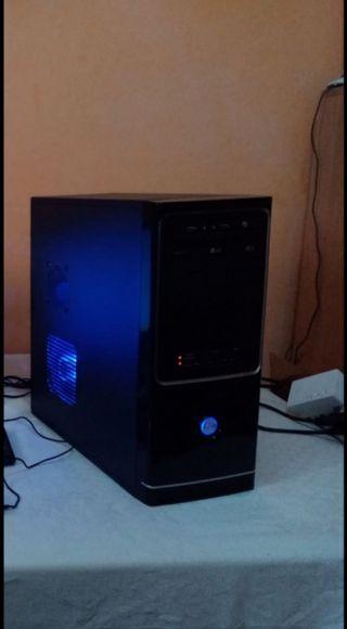 torre de ordenador Windows 10 pro 64 bits