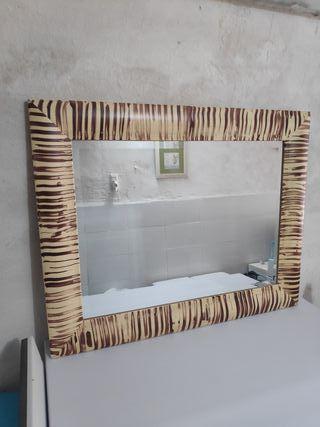 espejo de madera 101x 81 con marco es de calidad