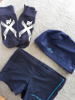 Bañador gorro y calcetines niño Decathlon