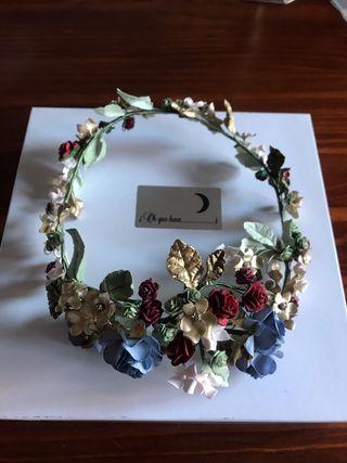 Tocado Tiara de flores de porcelana