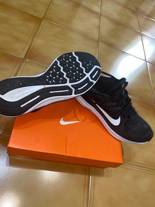 Zapatillas Nike running hombre 41