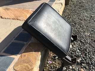 Flip up wall mounted seat