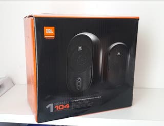 Monitores JBL ONE SERIES