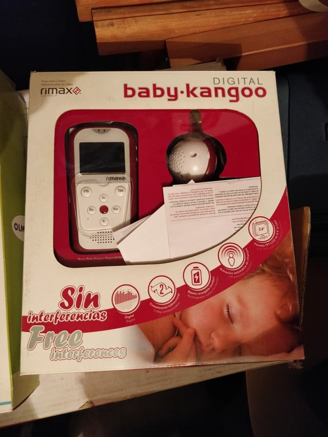 Vigilabebé con cámara Rimax Baby-kangoo