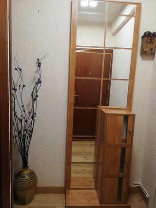 Mueble, entrada de recibidor.