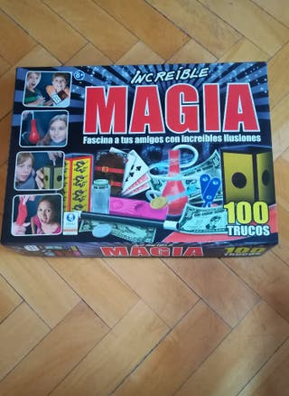 Juego con 100 trucos de magia