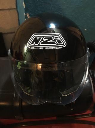 Casco moto NZI. talla L