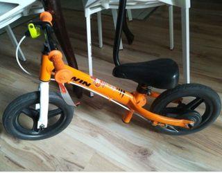 Bicicleta de equilibrio sin pedales Btwin