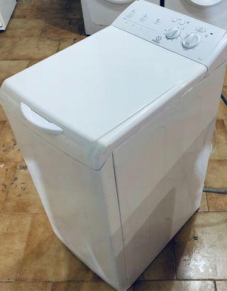 Lavadora de carga superior Indesit de 6 kilos