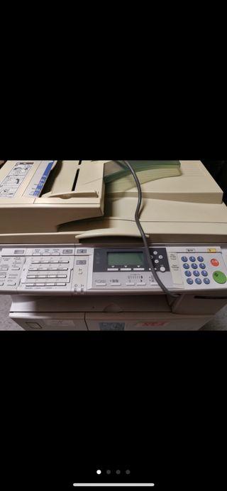 fotocopiadora ricoh aficio 2015