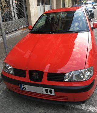 Coche SEAT Ibiza Año 2000
