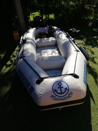 Embarcación Navigator III