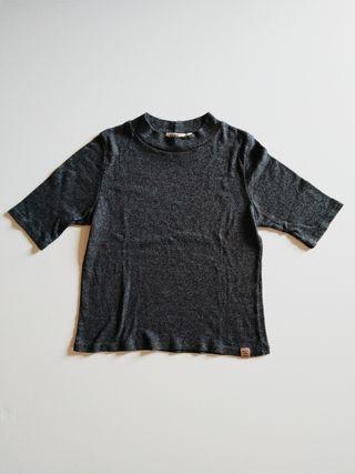 Top gris-negro