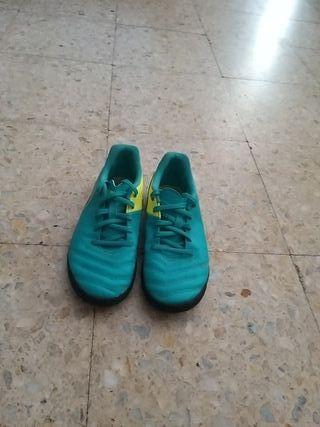 Nike 819197-307, Zapatos de Fútbol Unisex Infantil