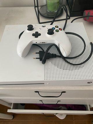 Xbox one 1 tB + mando
