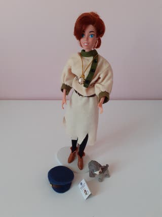 Anastasia muñeca