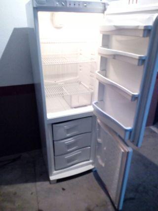 frigorifico marca indesit