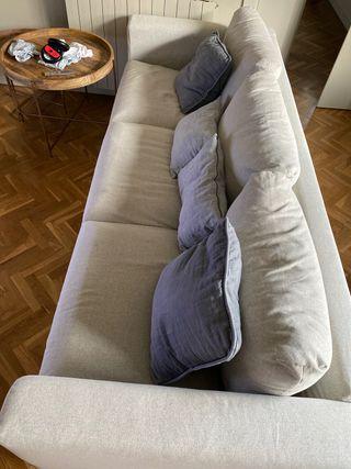 Sofa gris claro ikea- Nuevo de hace un mes