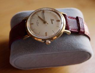 Reloj de cuerda manual LACO