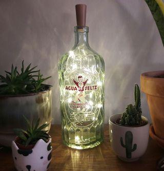 Botella antigua luz ambiente decoración