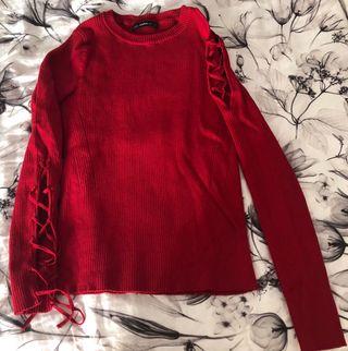 Jersey aberturas rojo Zara