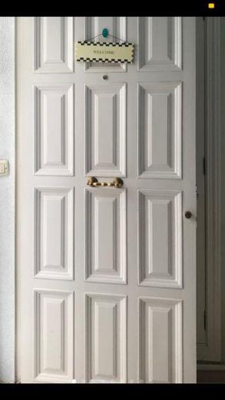 Puerta de hierro 83 de ancho 207 de alto