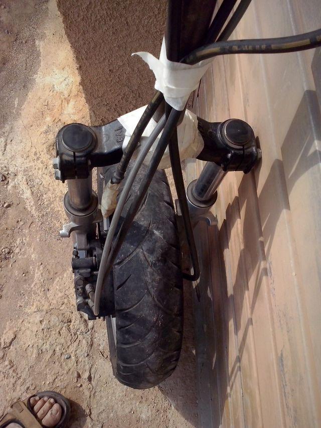 Tren delantero completo moto Aprilia Atlantic 125
