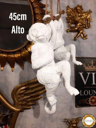 Figura Mono Colgante 45cm Alto Blanco Brillante