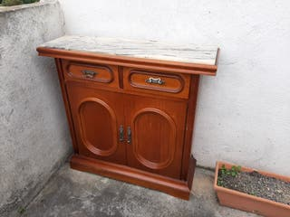 Mueble vintage con encimera marmol