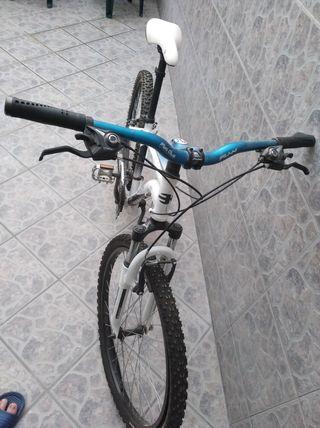 Bicicleta BH de montaña