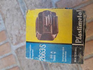Interruptor antiguo Plastimetal