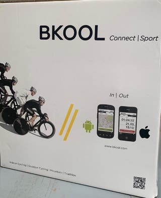 Rodillo interactivo Bkool Smart Pro a estrenar