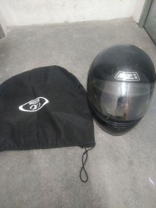 Casco de moto con funda