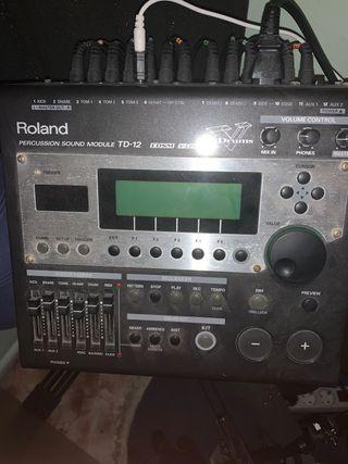 Batería electrónica Roland TD12