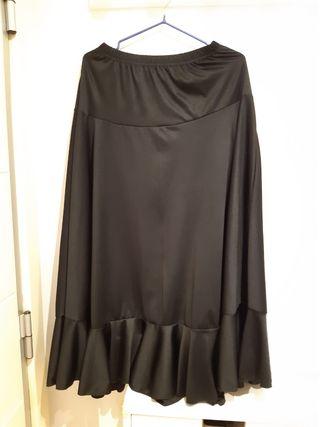 Falda negra flamenco