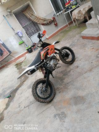 vendo o cambio moto 125cc réplica ktm