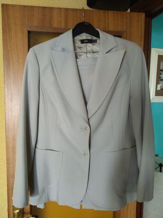 traje de chaqueta de mujer Marca Mango