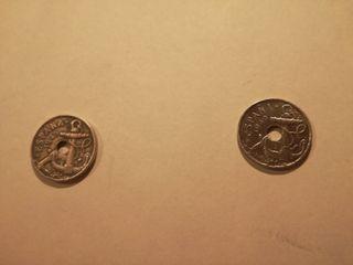 Lote de dos monedas de 50 céntimos 1949.