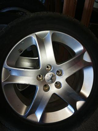 rueda Peugeot 407