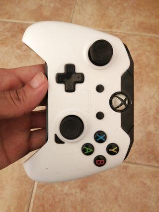 mando Xbox one con cable
