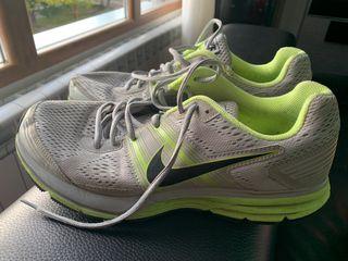 Zapatillas Nike Pegasus talla 44,5