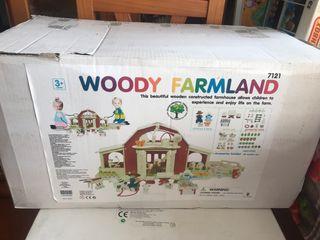 Casa de juguete de madera