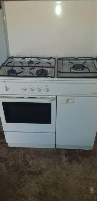 cocina de butano grande