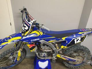 vendo moto Yamaha yz 250