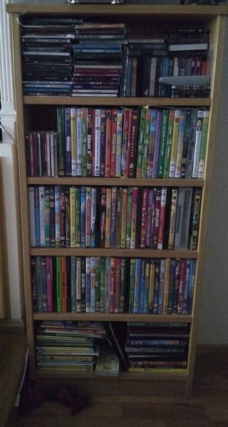 Mueble para CDs y DVDs